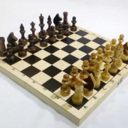 Шахматы Обиходные лак
